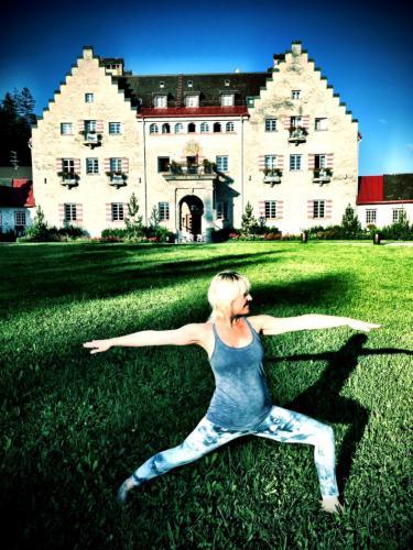 yoga-am-schloss